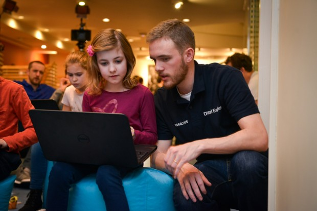 Fonte: http://www.pocket-lint.com/news/132386-barclays-banking-on-code-playground-and-digital-driving-license-to-enhance-our-digital-skills